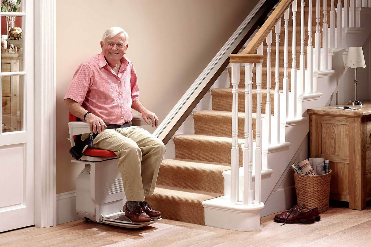 Washington Walk−In Bathtubs And Stair Lifts | Cainu0027s Mobility